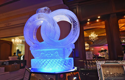 frost-station-ice-scluplture